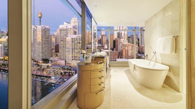 http___cdn.cnn.com_cnnnext_dam_assets_171026114453-best-new-hotels-2018-sofitel-sydney-darling-harbour-bathroom